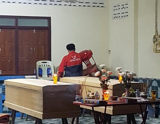 Sập giàn giáo ở Lào, 2 người Việt thiệt mạng - Ảnh 1.