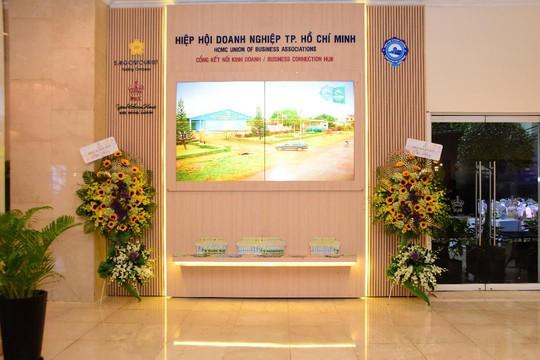 Khai trương Màn hình Led Cổng kết nối kinh doanh HUBA tại Rex - Ảnh 2.