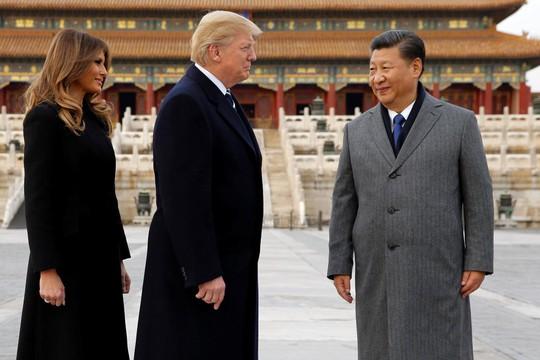Một năm quá lạ của ông Trump tại Nhà Trắng - Ảnh 2.