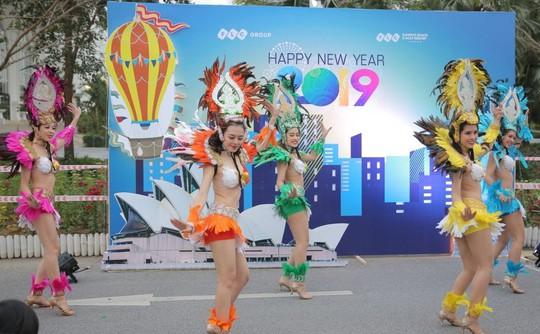 FLC Countdown Party 2019 khuấy động Sầm Sơn - Ảnh 1.