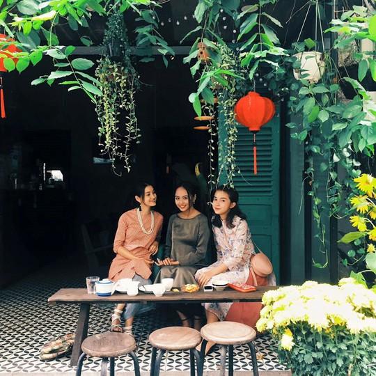 Năm mới, thả hồn phiêu bồng tại quán cà phê hoài niệm ở TP HCM - Ảnh 2.