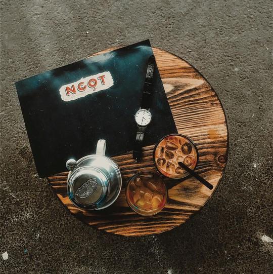 Năm mới, thả hồn phiêu bồng tại quán cà phê hoài niệm ở TP HCM - Ảnh 9.
