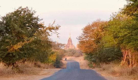 Bagan - Thành phố bình minh - Ảnh 1.