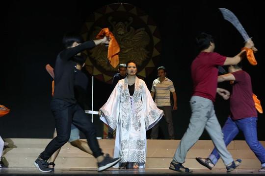 Trước giờ G Lễ trao giải Mai Vàng: Tâm sự của NSƯT Thành Lộc, Lê Khánh - Ảnh 2.
