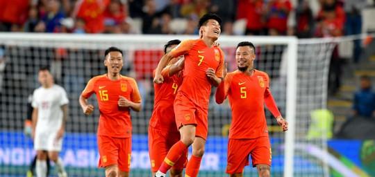 Clip: Trung Quốc giành vé vào vòng 2, đẩy Philippines sát bờ vực bị loại - Ảnh 7.