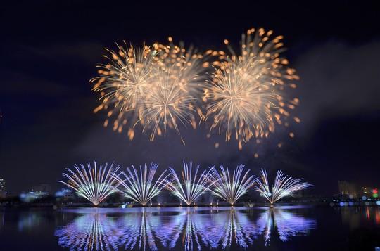 Lễ hội Pháo hoa quốc tế Đà Nẵng đứng đầu Top 5 sự kiện văn hóa tiêu biểu nhất 2018 - Ảnh 1.