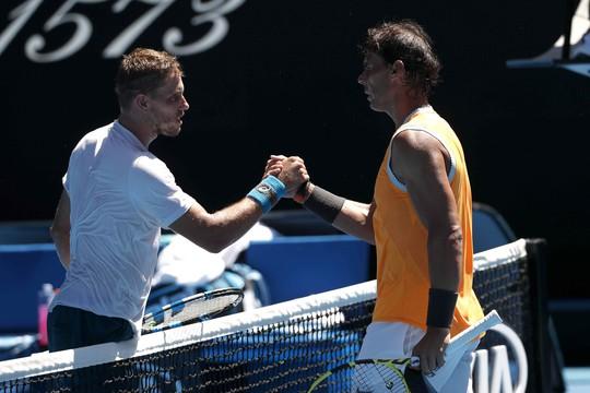 Nadal chiến thắng ngày ra quân Giải Úc mở rộng 2019 - Ảnh 1.
