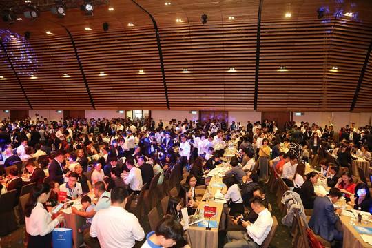 Gần 2.000 người tham dự Lễ công bố dự án Sunshine City Sài Gòn - Ảnh 1.