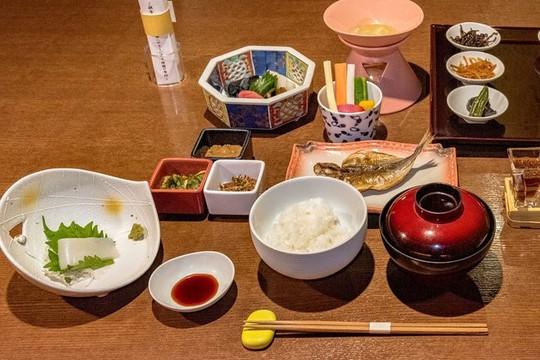 11 điều không nên làm khi ghé thăm Nhật Bản - Ảnh 3.