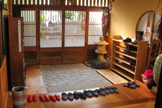 11 điều không nên làm khi ghé thăm Nhật Bản - Ảnh 10.