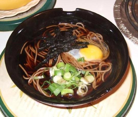 Đêm giao thừa người Nhật ăn mì soba - Ảnh 2.