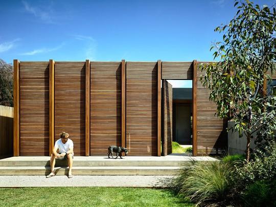 Ngôi nhà tuyệt đẹp kết hợp giữa bê tông và gỗ - Ảnh 5.