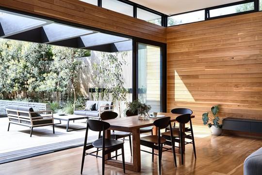 Ngôi nhà tuyệt đẹp kết hợp giữa bê tông và gỗ - Ảnh 8.