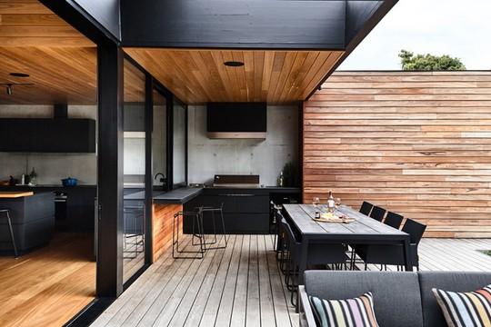 Ngôi nhà tuyệt đẹp kết hợp giữa bê tông và gỗ - Ảnh 9.
