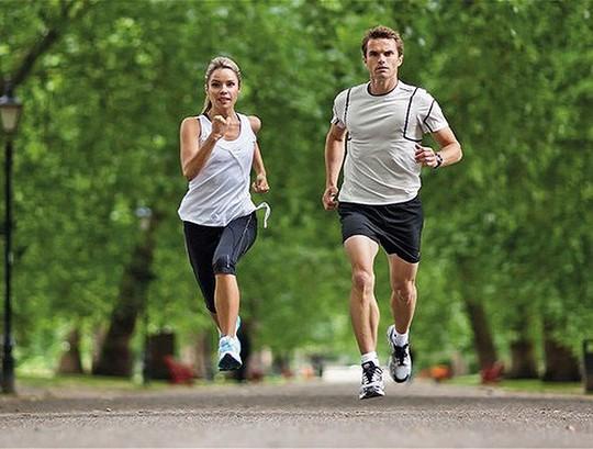Đừng để chạy bộ lại gây tổn hại cho sức khỏe - Ảnh 20.