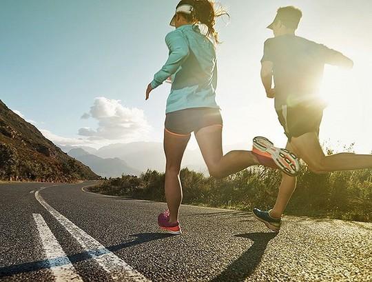 Đừng để chạy bộ lại gây tổn hại cho sức khỏe - Ảnh 7.