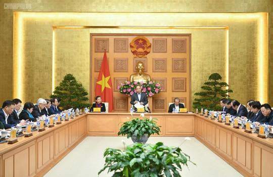 Thủ tướng chủ trì phiên họp Tiểu ban Kinh tế - Xã hội Đại hội XIII - Ảnh 1.