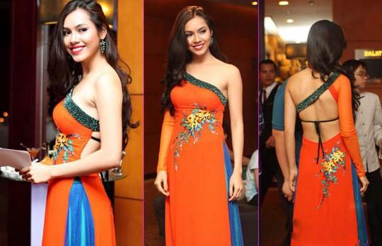 Thảm họa thời trang khi mỹ nhân Việt diện áo dài phản cảm - Ảnh 8.