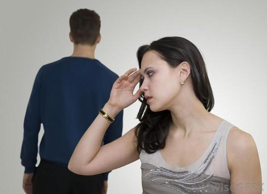 Vừa lấy vợ, người yêu cũ thông báo đã có bầu - Ảnh 1.