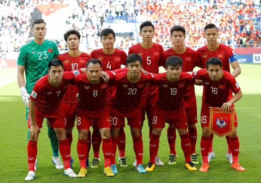 Đoàn Văn Hậu lọt top 10 nhân vật xuất sắc nhất Asian Cup 2019 - Ảnh 3.