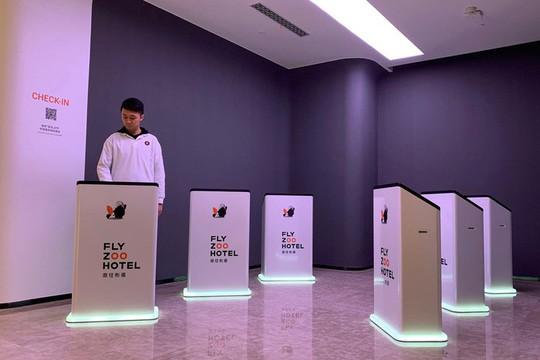 Bên trong khách sạn trí tuệ nhân tạo đầu tiên tại Trung Quốc - Ảnh 2.