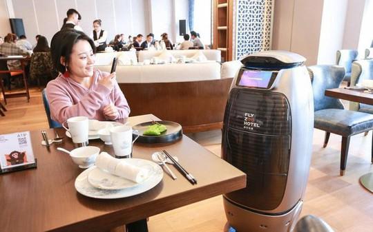 Bên trong khách sạn trí tuệ nhân tạo đầu tiên tại Trung Quốc - Ảnh 5.