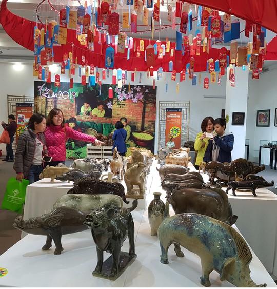 Ngắm 2.000 con 'lợn sung túc' tại Bảo tàng Phụ nữ Việt Nam - Ảnh 1.
