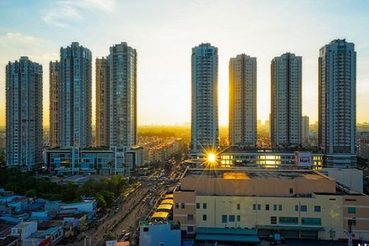 Bị kiểm soát chặt tín dụng: Thế khó của bất động sản 2019? - Ảnh 1.