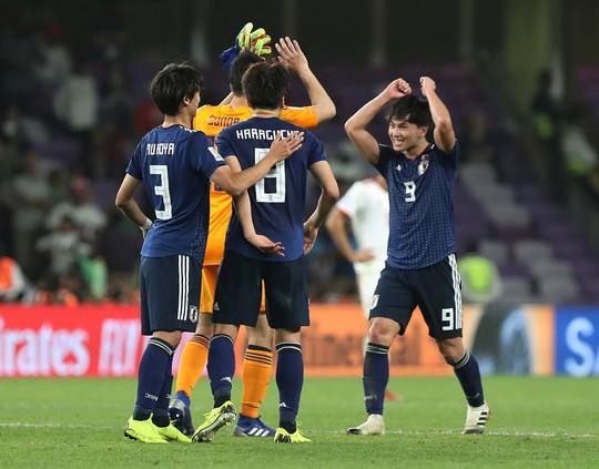 Vì sao Nhật Bản thắng dễ Iran? - Ảnh 5.