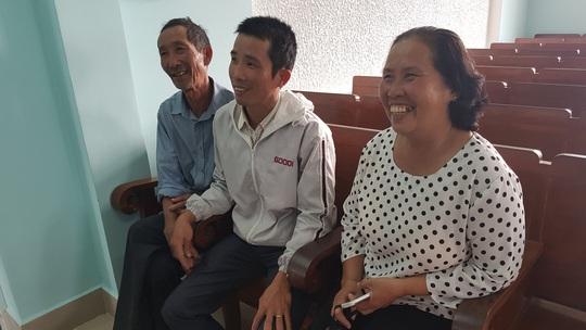 Bảo vệ cha, 1 thanh niên bị TAND Phú Yên kết án oan 1 năm 6 tháng tù - Ảnh 2.