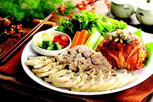Thơm ngon thịt heo Phú Lễ - Ảnh 1.