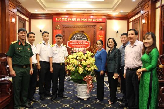 Lãnh đạo TP HCM tiếp Lữ đoàn 189 Hải quân đến thăm và chúc Tết - Ảnh 1.