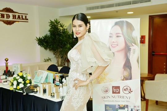 Ca sĩ Sơn Tuyền giữ mãi nét thanh xuân với mỹ phẩm Skin Nutrient  - Ảnh 4.