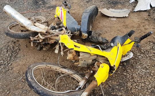 Vụ tai nạn taxi 3 người chết: Nữ tài xế chạy 107 km/giờ sau tiệc sinh nhật - Ảnh 4.