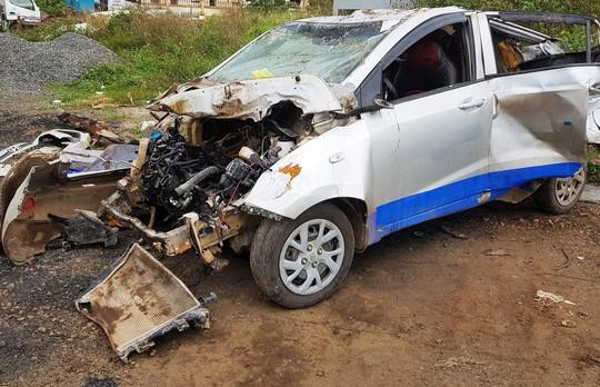 Vụ tai nạn taxi 3 người chết: Nữ tài xế chạy 107 km/giờ sau tiệc sinh nhật - Ảnh 3.