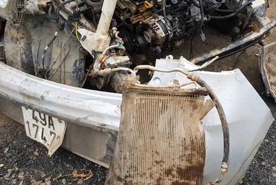 Vụ tai nạn taxi 3 người chết: Nữ tài xế chạy 107 km/giờ sau tiệc sinh nhật - Ảnh 2.