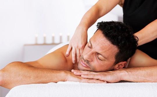 Cấm đưa lao động Việt Nam sang nước ngoài làm nghề massage: Vô lý, không có căn cứ rõ ràng - Ảnh 2.