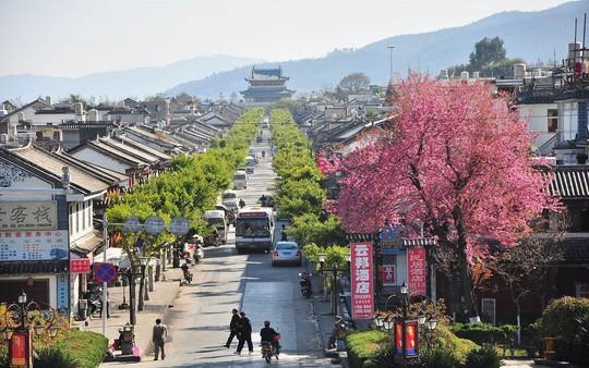 Thăm 7 cổ trấn Trung Quốc ngàn năm tuổi đẹp ngất ngây - Ảnh 5.