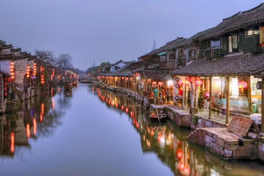 Thăm 7 cổ trấn Trung Quốc ngàn năm tuổi đẹp ngất ngây - Ảnh 6.