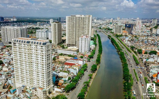 Các DN bất động sản kiến nghị TP HCM gỡ các điểm nghẽn - Ảnh 1.