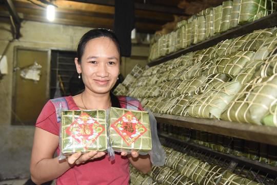 Làng bánh chưng mỗi ngày xuất hàng chục tấn ở Đồng Nai - Ảnh 12.