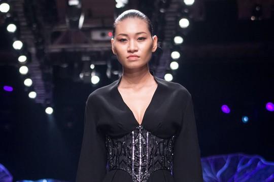 Người mẫu Kim Anh bị ung thư buồng trứng giai đoạn cuối - Ảnh 1.