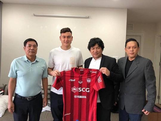 Đại diện của Đặng Văn Lâm xác nhận đưa anh sang Muangthong United - Ảnh 2.