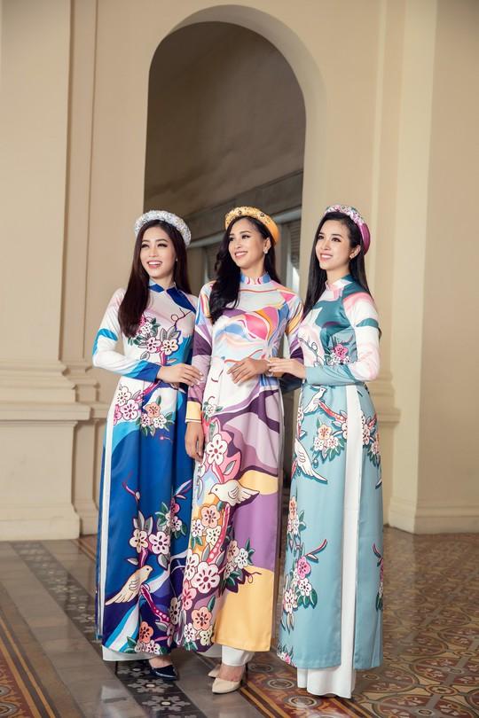 Ngất ngây với vẻ đẹp của top 3 hoa hậu Việt Nam 2018 - Ảnh 2.