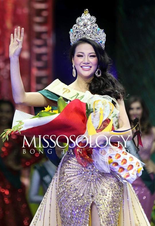 3 cô gái Việt lọt vào top 25 người đẹp nhất thế giới - Ảnh 4.