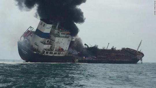 Tàu chở dầu treo cờ Việt Nam phát nổ sau khi rời Trung Quốc - Ảnh 1.