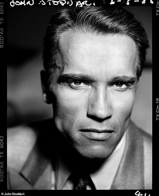 Những bức ảnh đen trắng hút hồn trước khi các ngôi sao Hollywood thành danh - Ảnh 10.