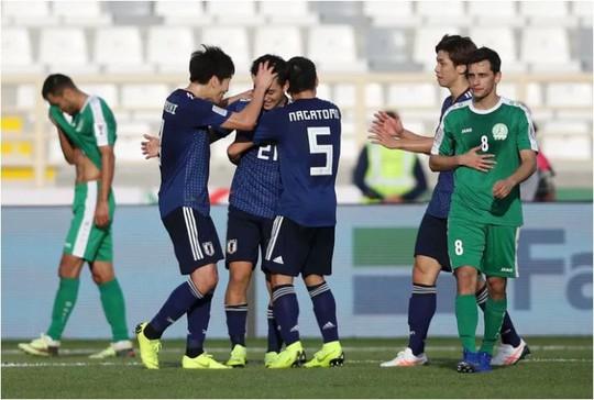 Ngược dòng thắng 3-2, Nhật Bản vất vả khởi đầu Asian Cup 2019 - Ảnh 3.