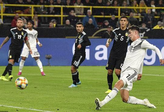 Đại gia thư hùng, Argentina cầm chân Đức bằng siêu phẩm - Ảnh 5.