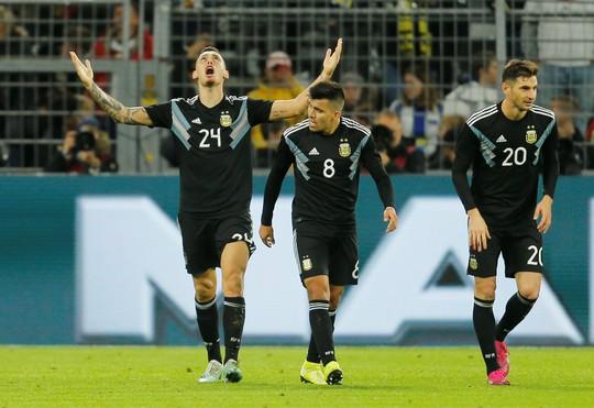 Đại gia thư hùng, Argentina cầm chân Đức bằng siêu phẩm - Ảnh 7.